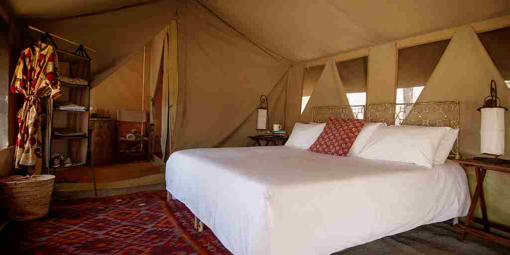 serians-serengeti-mobile-lamai-double-bedroom-tent-tanzania-yellow-zebra-safaris.jpg