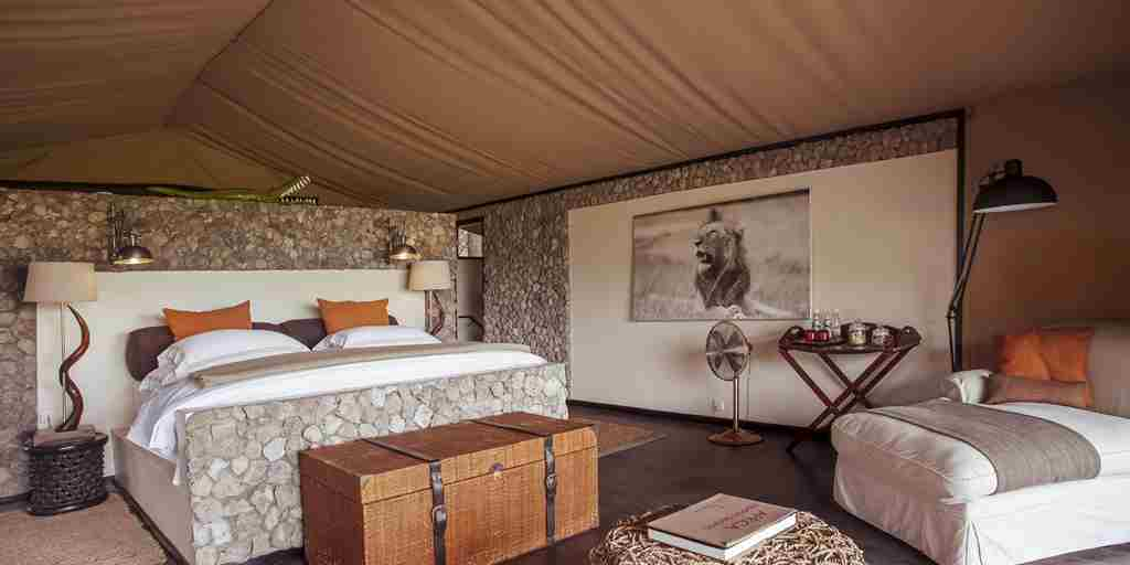 chem-chem-safari-lodge-double-bedroom-tanzania-yellow-zebra-safaris.jpg