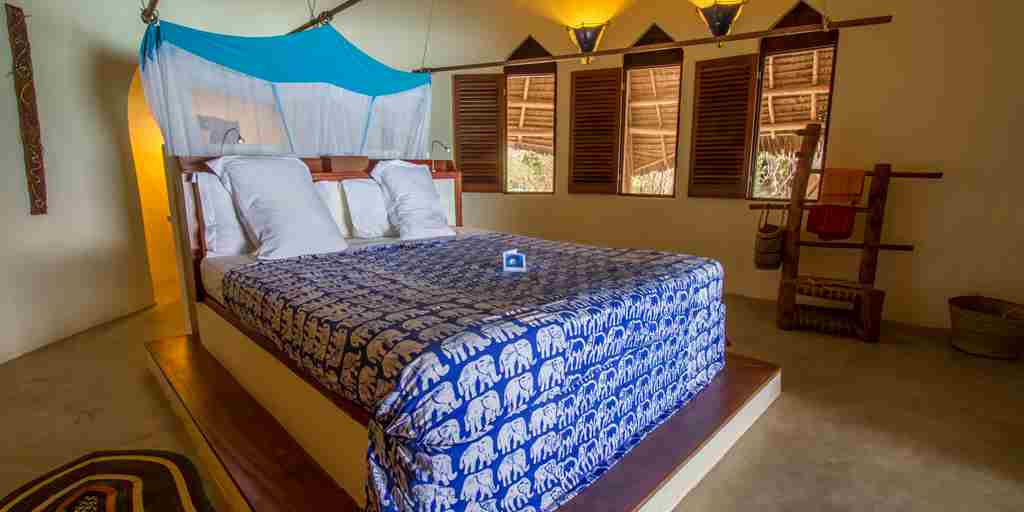 unguja-lodge-double-room-tanzania-yellow-zebra-safaris.jpg