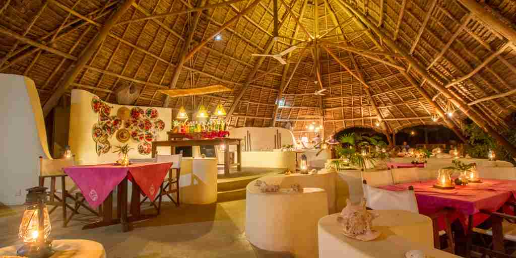 unguja-lodge-restaurant-tanzania-yellow-zebra-safaris.jpg