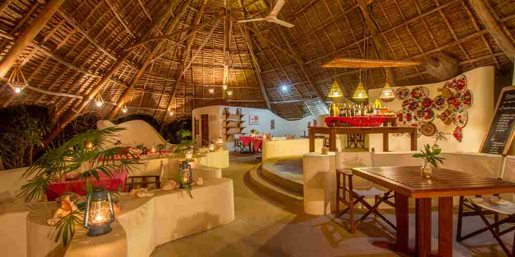 unguja-lodge-dining-tanzania-yellow-zebra-safaris.jpg