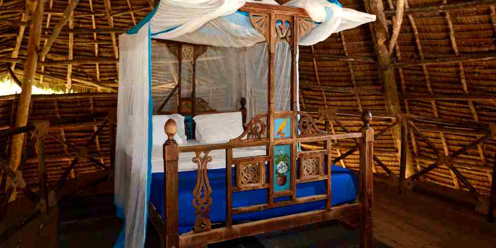 unguja-lodge-double-bed-tanzania-yellow-zebra-safaris.JPG