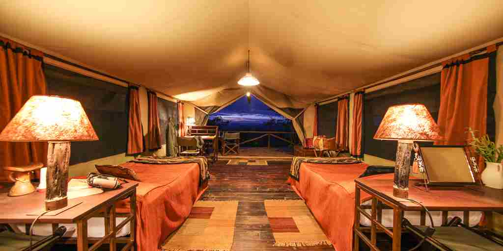 kilima-camp-twin-room-kenya-yellow-zebra-safaris.jpg