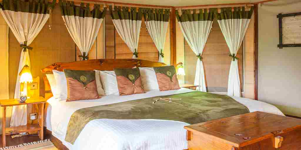 Tipilikwani-Mara-Camp-double-bedroom-kenya-yellow-zebra-safaris.jpg