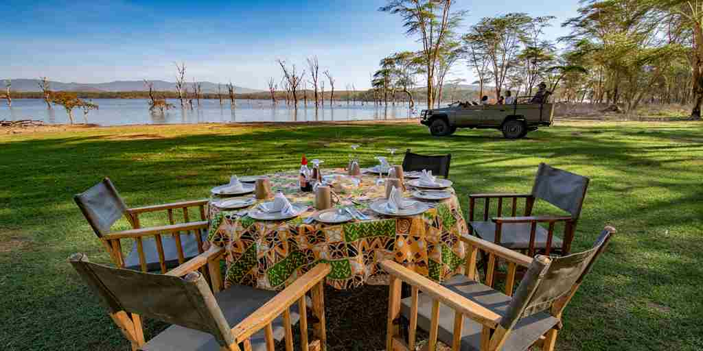 Chui lodge bush breakfast kenya yellow zebra safaris
