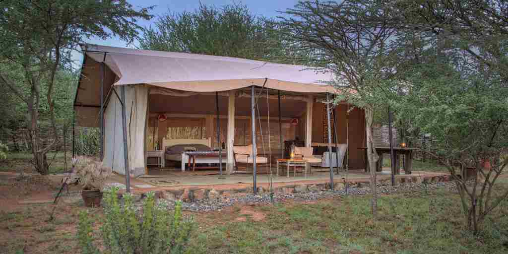 karisia-walking-safaris-tumaren-camp-tent-yellow-zebra-safaris.jpg