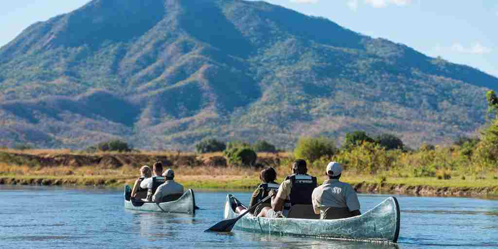 royal zambezi canoeing zambia yellow zebra safaris