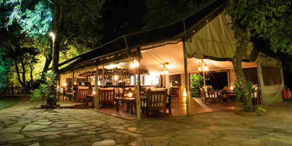 governors camp main tent kenya yellow zebra safaris