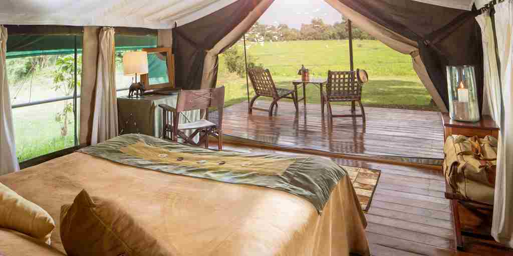 little-governors-double-room-view-kenya-yellow-zebra-safaris.jpg
