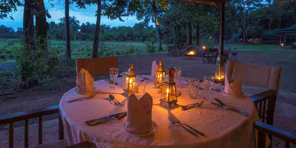 little governors night dining kenya yellow zebra safaris