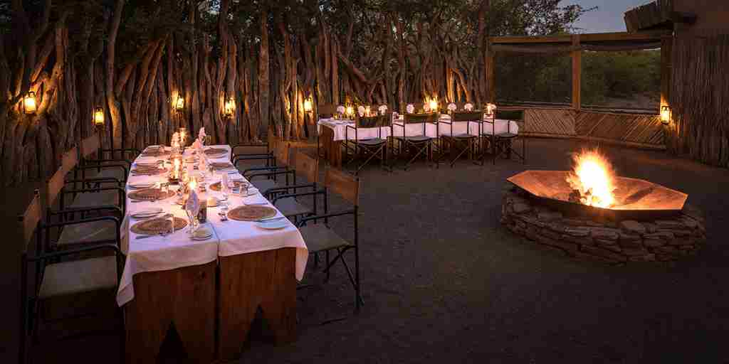 mashatu-lodge-night-dining-botswana-yellow-zebra-safaris.jpg