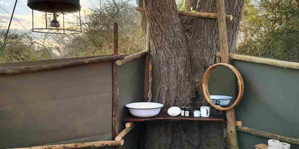 ntemwa busanga camp bathroom zambia yellow zebra safaris