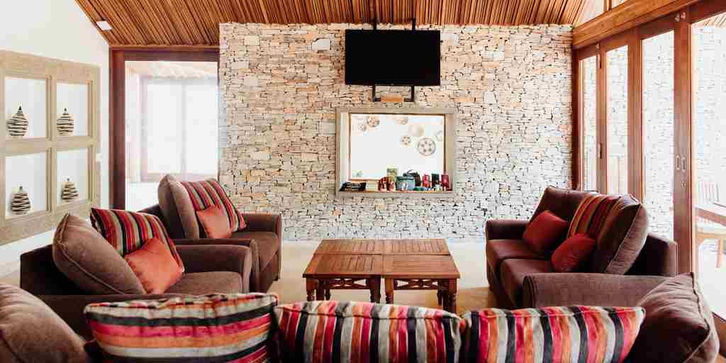 the retreat lounge rwanda yellow zebra safaris