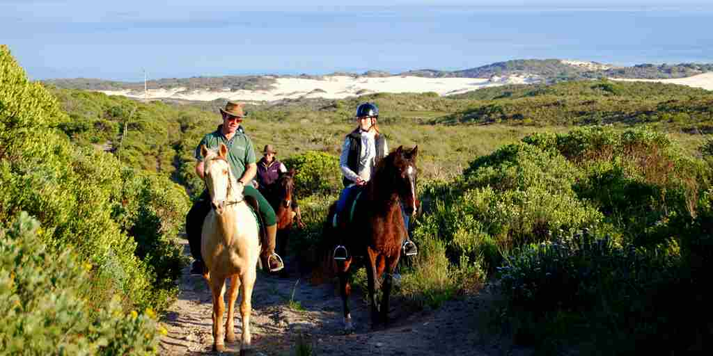 horse-rides-on-grootbos-private-nature-reserve.JPG