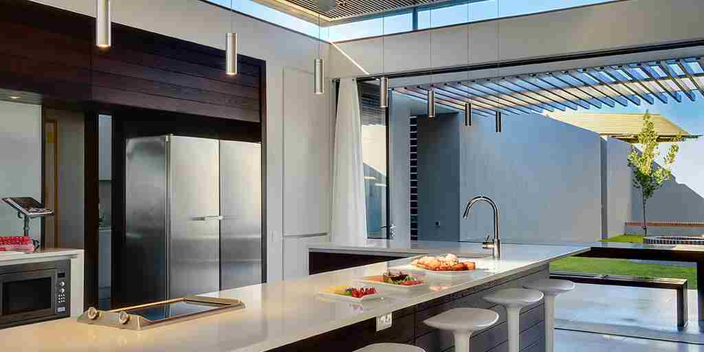 Villa Kitchen_D331483_p.jpg