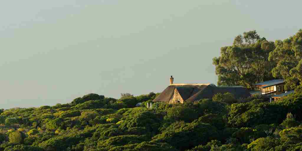 distant-view-of-garden-lodge.jpg
