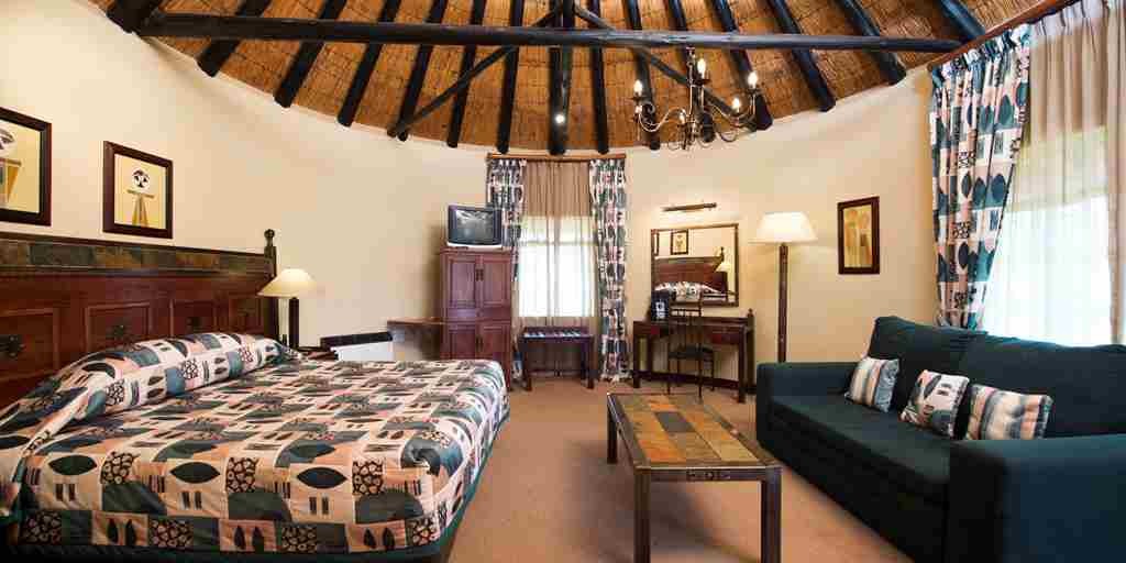 Rooms - Standard Thatched.jpg