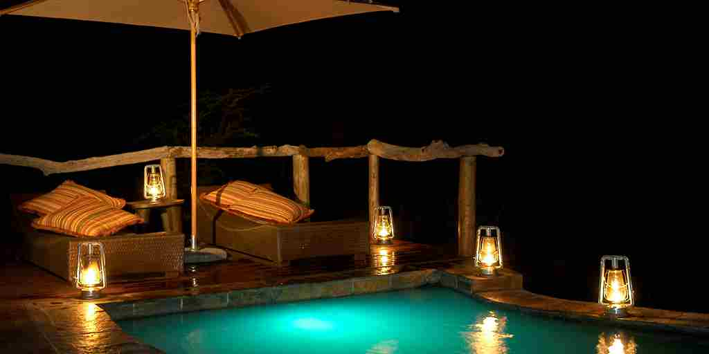Motswiri Pool at night.jpg